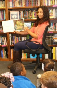 High schoolers read with Venable friends