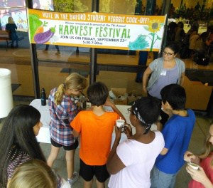 Students voting for Veg-Off Competition at Buford