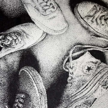 dot sketch of shoes