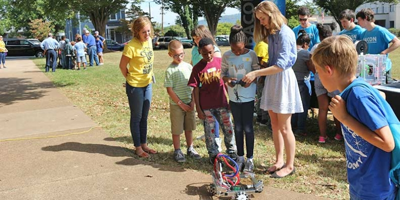 Students test robot at Stem Day at Clark.