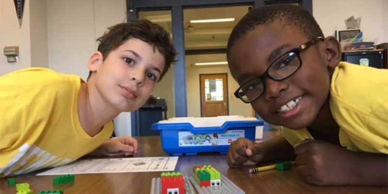 Venable students work with Legos.
