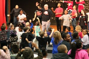 Dancing scene from the Jackson-Via Bully Knots program.