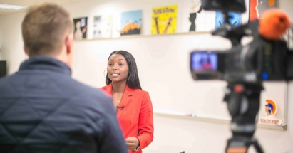 Dyshe Smith '18 gives an interview with NBC 29. Photo courtesy CFA Institute.