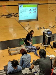 Ms. Hart and Mr. Williams demonstrate how to help during a substance abuse crisis.